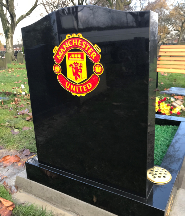 Manchester United memorial designed specifically to your needs